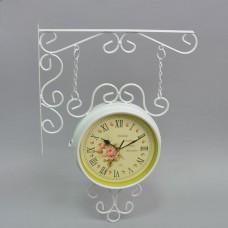 Часы угловые белые T0810